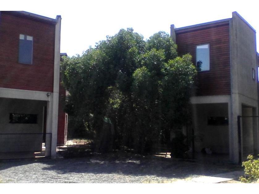 Casa en Arriendo Av. Valparaiso Parada 8 De Villa Alemana, Villa Alemana, Valparaíso
