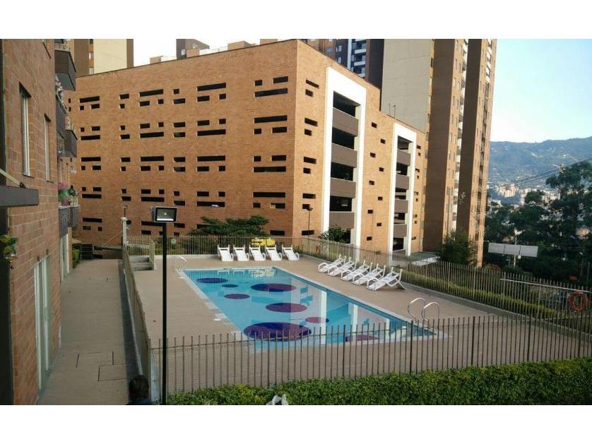 Apartamento en Venta en Calle 84 No 58-50, Itagüí, Antioquia