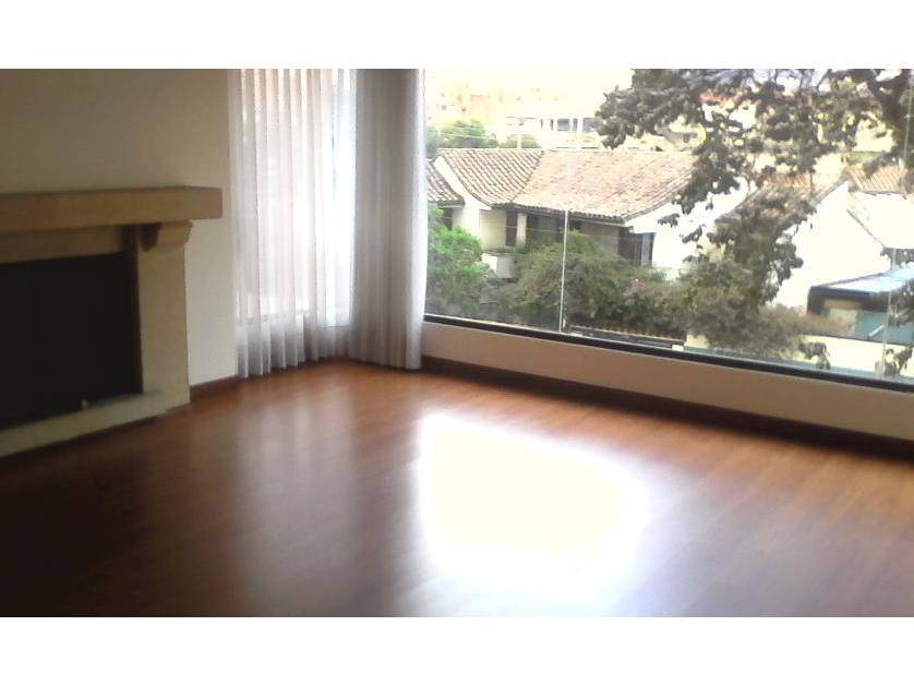 Apartamento en Arriendo en Carrera 11c # 127-73, Prados Del Country, Bogotá