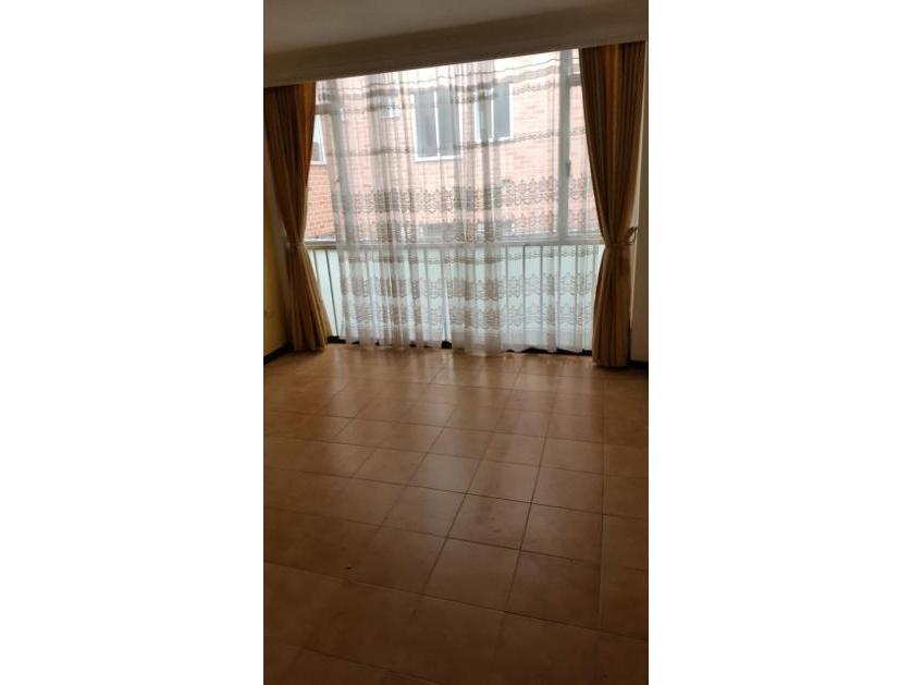 Apartamento en Venta Calle 8 #4, La Pola, Ibague