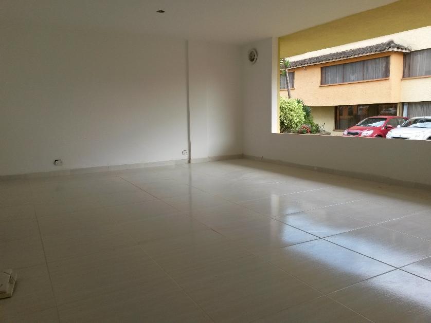 Apartamento en Venta en Carrera 26 Numero 20 - 24, La Aurora, Pasto