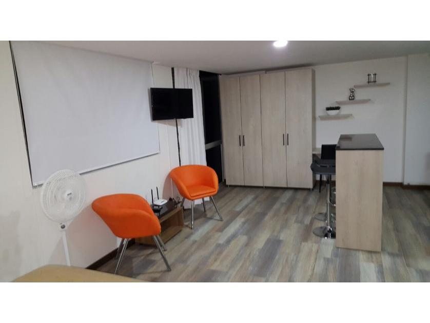 Apartamento en Arriendo Loma Del Tesoro, Medellín