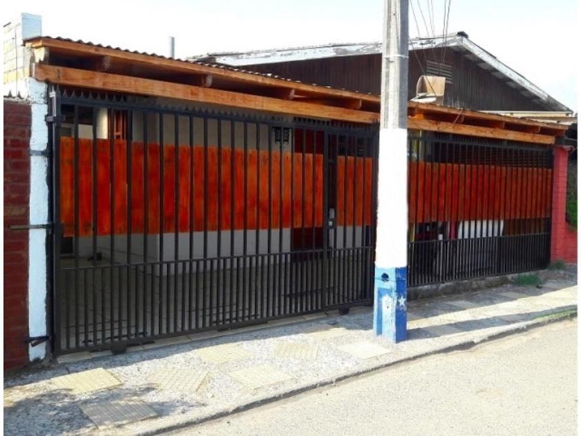 Puente Alto, Se Vende Hermosa Casa Ubicada En Pasaje