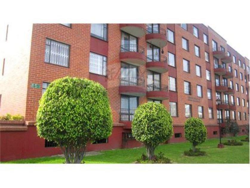 Venta de apartamento en la Granja, Bogota