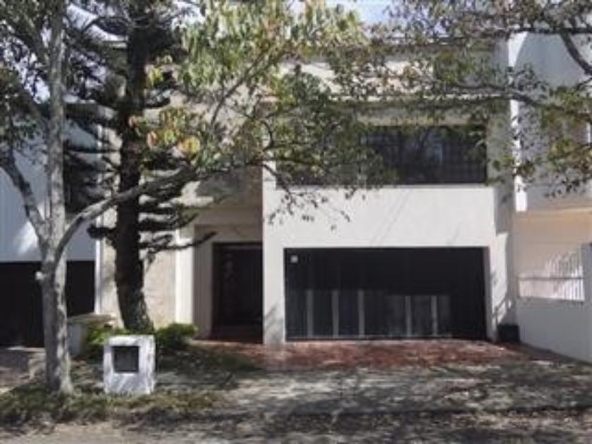 Venta casa en ciudad jard n cali 6951 for Bares ciudad jardin cali