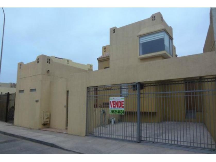 Casa en Venta Valle Del Atardecer 03000 , Antofagasta